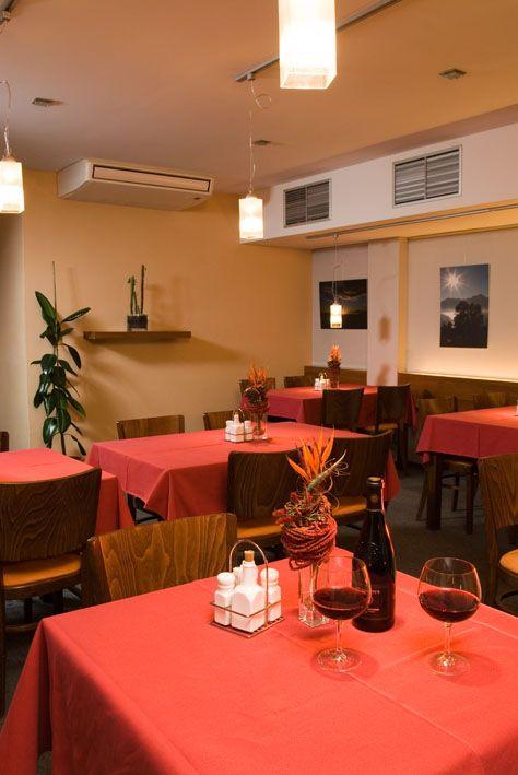 Restaurant o Žilina ps interiér plus s r